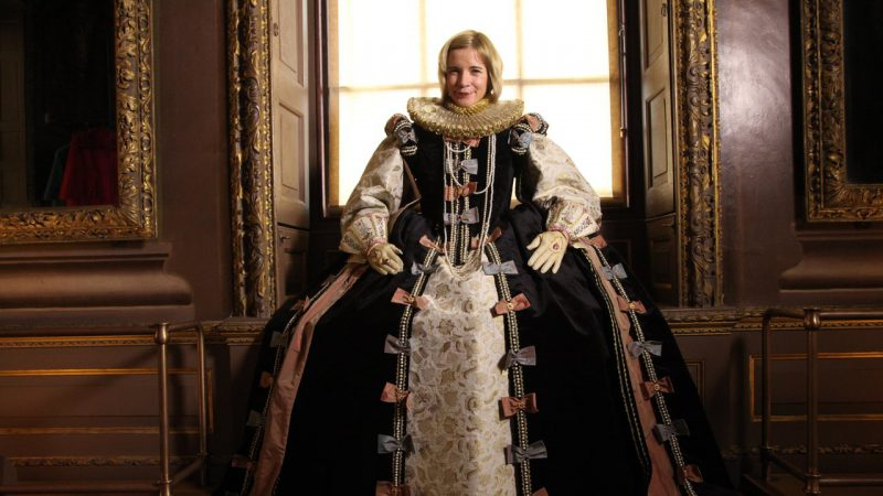 lucy_worsley_royal_wardrobe